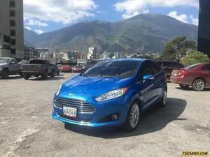 Ford Fiesta Titanium - Automatico